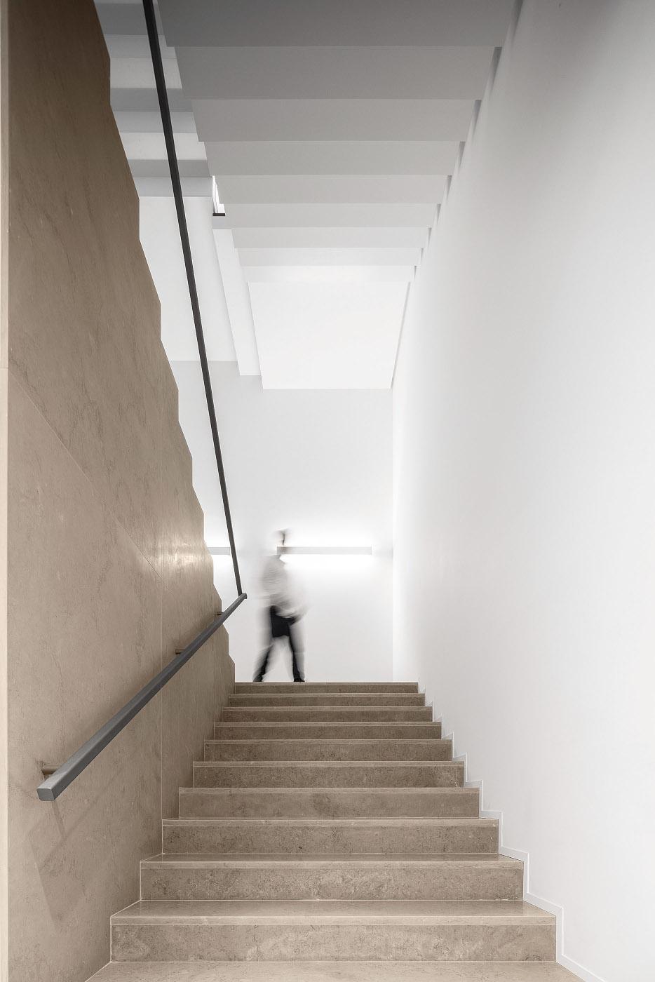 Reportagem Fotografia de arquitectura portuguesa fotografo Ivo tavares studio - Edificio Industrial PRF de Impare Arquitectura.